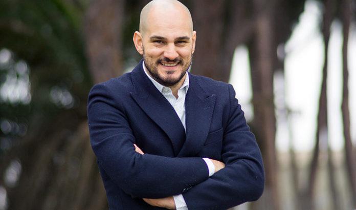 Vincenzo Della Corte, attore in ascesa