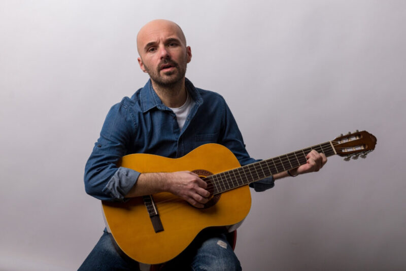"""""""Vorrei scrivere di te"""" il nuovo singolo di Marco Calabrese"""